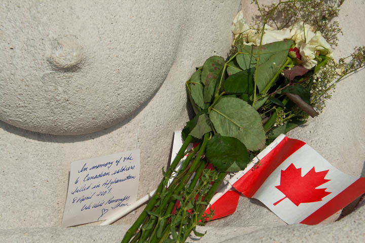 A note, memorializing 6 Canadian soldiers killed in Afghanistan the day before, was left in the bosom of Canada, Vimy Ridge monument.